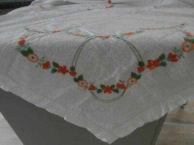 Antique White Linen Hand Embroidered Tablecloth 167 X 123Cm. Gvc Vic.
