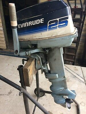25HP Evinrude long shaft outboard motor, in fantastic condition. ready for use