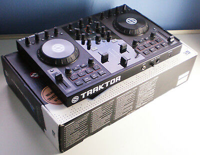 TRAKTOR KONTROL S2 MK1 DJ controller Native Instruments boxed digital mixer