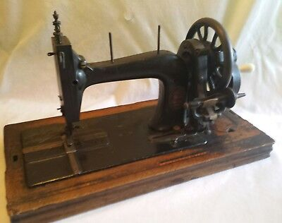 Victorian Haid and Neu sewing machine badged Royal leader made in Germany
