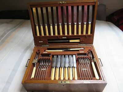 Mappin and Webb 88 piece 12 Setting Canteen of Cutlery