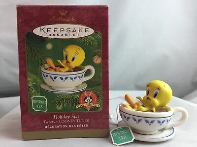 "2001 Hallmark ""Holiday Spa"" Porcelain Ornament With Box Tweety Looney Tunes"