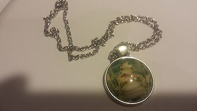 frogs collectables special edition necklace