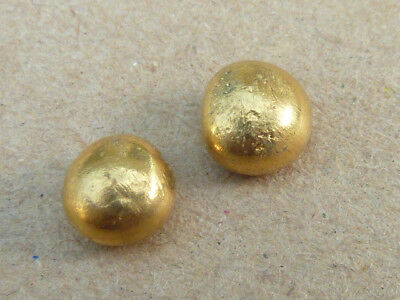 3.7g pure Gold buttons  ... 22ct ...  95% pure