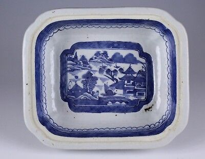 Chinese Export Blue White Porcelain Covered Dish No Reserve