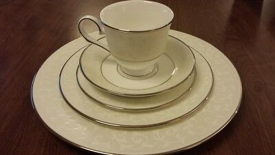 LENOX - OPAL INNOCENCE - 5 PIECE PLACE SETTING - 1 available - Never used!