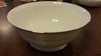 """Lenox Opal Innocence 9"""" Round Serving Bowls, 2 - Never used"""