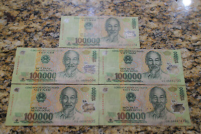 Vietnam 100,000 Dong Currency VND Polymer Banknote. Lot of 5  Circulated Notes .