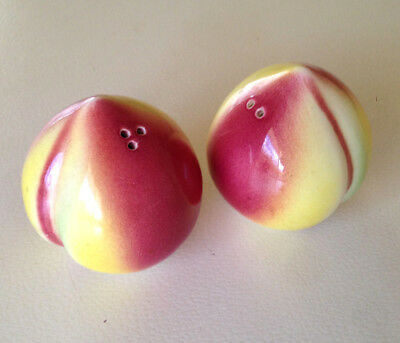 Vintage Peach Shaped Fruit Salt and Pepper Shakers Figural - 1950's Japan