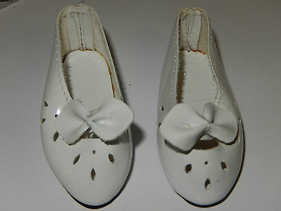 Dolls Shoes - White Gloss with bow 7 x 3 cm