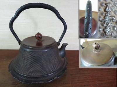 Japanese Antique KANJI old Iron Tea Kettle Tetsubin teapot Chagama 2410