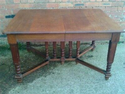 Antique Victorian/Edwardian Oak Dining Table Delivery available