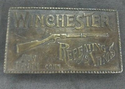VINTAGE 1970s BERGAMOT BRASS WORKS WINCHESTER REPEATING ARMS GUN BELT BUCKLE
