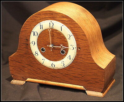 Perivale Movement Andrew Mantel Clock. Perivale Oak Cased.Vintage