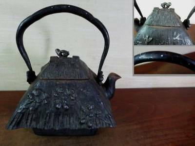 Japanese Antique KANJI old Iron Tea Kettle Tetsubin teapot Chagama 2435