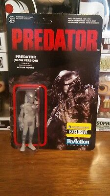 Funko! ReAction Movie: 2015 Predator (Glow in the Dark), EE Exc. Unpunched!