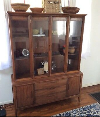Mid Century China Cabinet Hutch Pick Up Only In Long Beach California Excellent