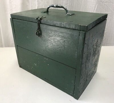 Vintage Retro Timber Lidded Storage Carry Box Rustic Coburg Melbourne