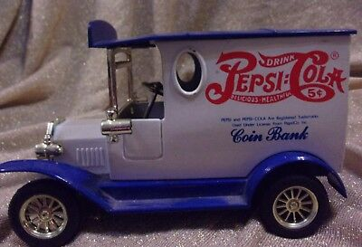 Pepsi-Cola Diecast Delivery Truck Gift Coin Bank by Golden Classic, No Key