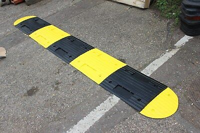 SR30 30mm 20-30mph 1*3m Speed Bump Kit with Fixings
