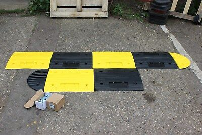 SR30 30mm 20-30mph 1*3.5m Speed Bump Kit with Fixings
