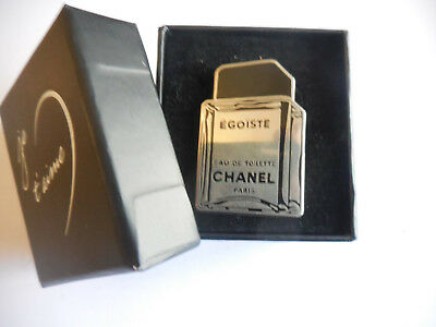 IDEE CADEAU RARE AUTHENTIC VINTAGE CHANEL PARFUM PIN'S signé CHANEL