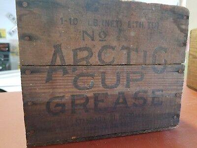 Standard Oil Co. Rare Wooden Crate No. 5 Artic Cup Grease Gas Oil Can Garage