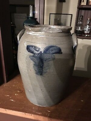 ANTIQUE JAMES RIVER VALLEY VIRGINIA 2 GALLON STONEWARE OVOID JAR. Virginia. Va.