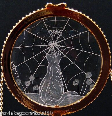 Crystal Trinket Box With Hand Engraved Optical Lens Cat With Spider Web No.7