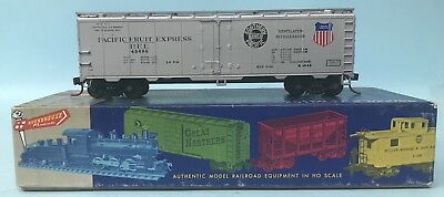 Roundhouse 'Ho' Gauge Pfe 45698 Pacific Fruit Express 40' Reefer Car Boxed Re-3