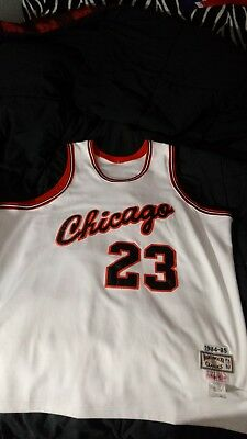 MICHAEL JORDAN NBA CHICAGO BULLS  1984 1985 hardwood classic BASKETBALL JERSEY