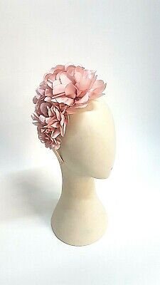 Chrysanthemum Flower Fascinator