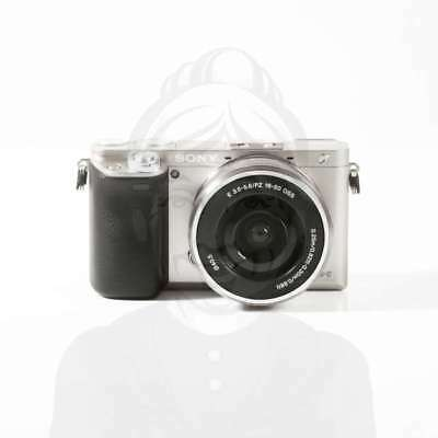 Autentico Sony Alpha A6000 Mirrorless Digital Camera with 16-50mm Lens Silver
