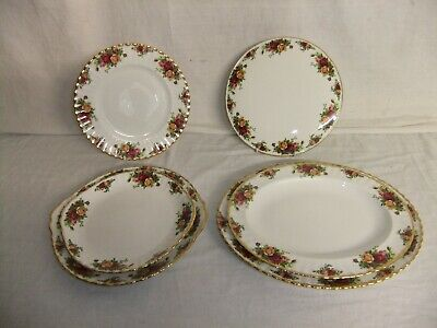 C4 Porcelain Royal Albert Old Country Roses (1962) - cake & serving plates 9B1A