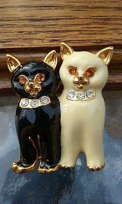 Vintage Pair of Black & White Enamel Cats Pin/Brooch with Rhinestone Eyes/Collar