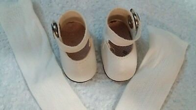 Dolls Shoes - White Vinyl with Press Stud - 4.2 cm x 2 cm - and White Stockings