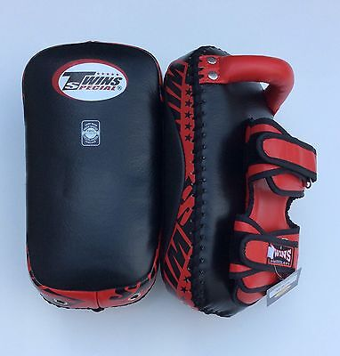 Twins Special Kpl-12 Curved Thai Pads Blk/Red Size M
