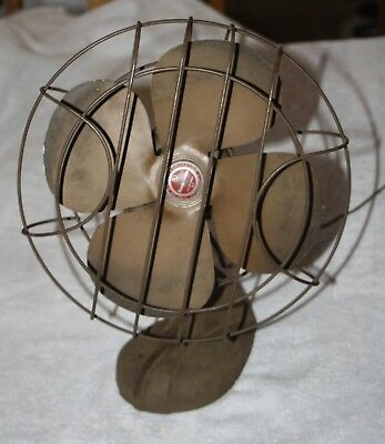 Vintage Handybreeze 4 Blade Oscillating Electric Fan- by Chicago Electric