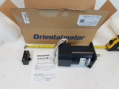 OM 51K60RA-CFP Oriental Motor Induction Electric 50/60Hz 60W 0.9A 200V 4P - New