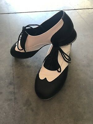 Leo's Giordano Womens Tap Shoes, Sz 10m, Black And White, Excellent Condition