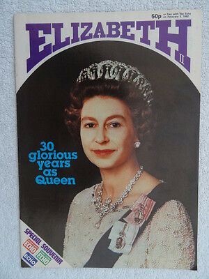 Queen Elizabeth II 30 Years as Queen.1982.Southern Echo Souvenir.English History