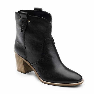 G.H. Bass & Co. Womens Sophia Genuine Leather Slip-on Heeled Ankle Bootie
