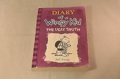 Diary of a Wimpy Kid - The Ugly Truth Softcover