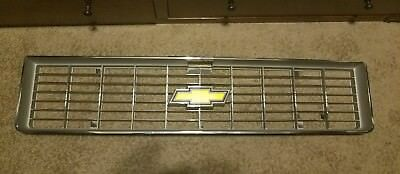 1973 1974 Chevy Truck Grill New Oem Chrome Band Bowtie C10 K10