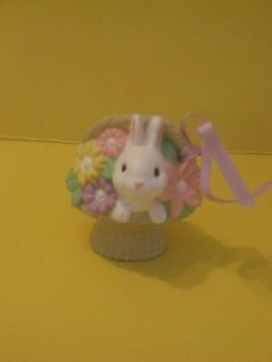 1985 Hallmark Easter Merry Miniature White Bunny Rabbit in Basket of Flowers