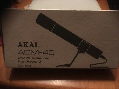 Akai adm-40 dynamic microphone set near mint