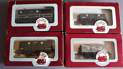 Dapol/airfix Uk Style Goods Wagons X 4 Very Good Condition Boxed Oo Gauge(Fx 12)