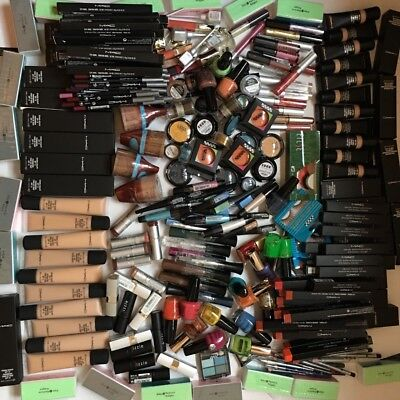 30 x Joblot Wholesale Bankrupt stock BIG Branded Make Up From the picture