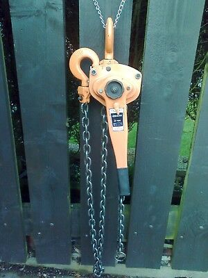 3 ton lever hoists pull lifts, 3 metre chain, only used once so slightly used