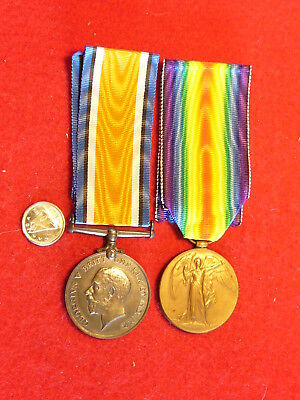 Original Canadian - WWI - War/Victory Medals 602169 Pte. J. Young CAMC